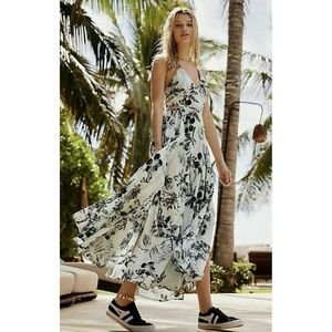NWT FREE PEOPLE Lille Print Cut Out Maxi Dress M